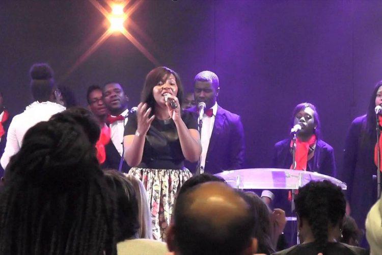 Holy, Revelation Song – Palais des Congrès Montreuil